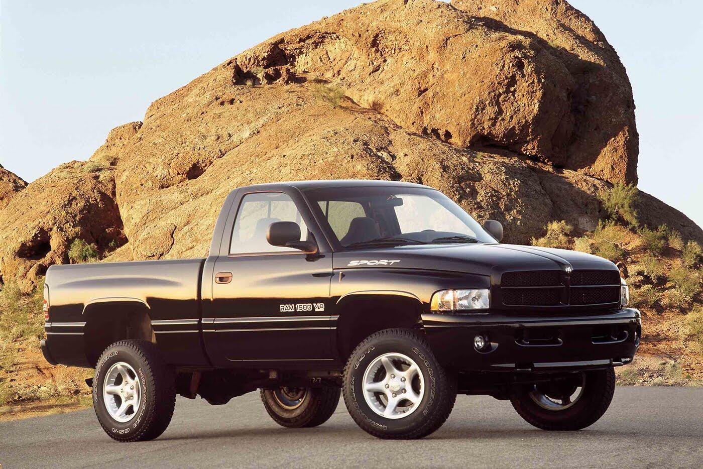 """""""Điểm mặt"""" 10 chiếc xe bị trộm nhiều nhất năm 2016 - Hình 8"""