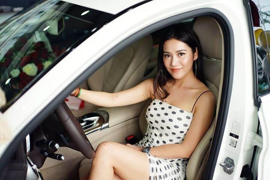 Diễn viên trẻ Milan Phạm chi hơn 1,7 tỷ đồng để rước Mercedes-Benz C 250 về dinh - Hình 7