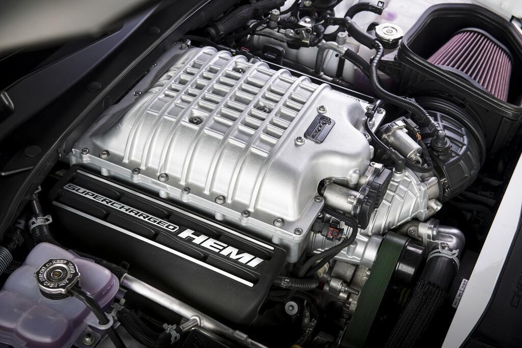 dodge-charger-srt-hellcat-redeye-2021-mau-sedan-manh-nhat-the-gioi