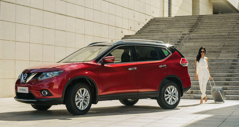 """""""Đua"""" theo CR-V, Nissan hỗ trợ 50 triệu cho khách mua X-Trail - Hình 1"""
