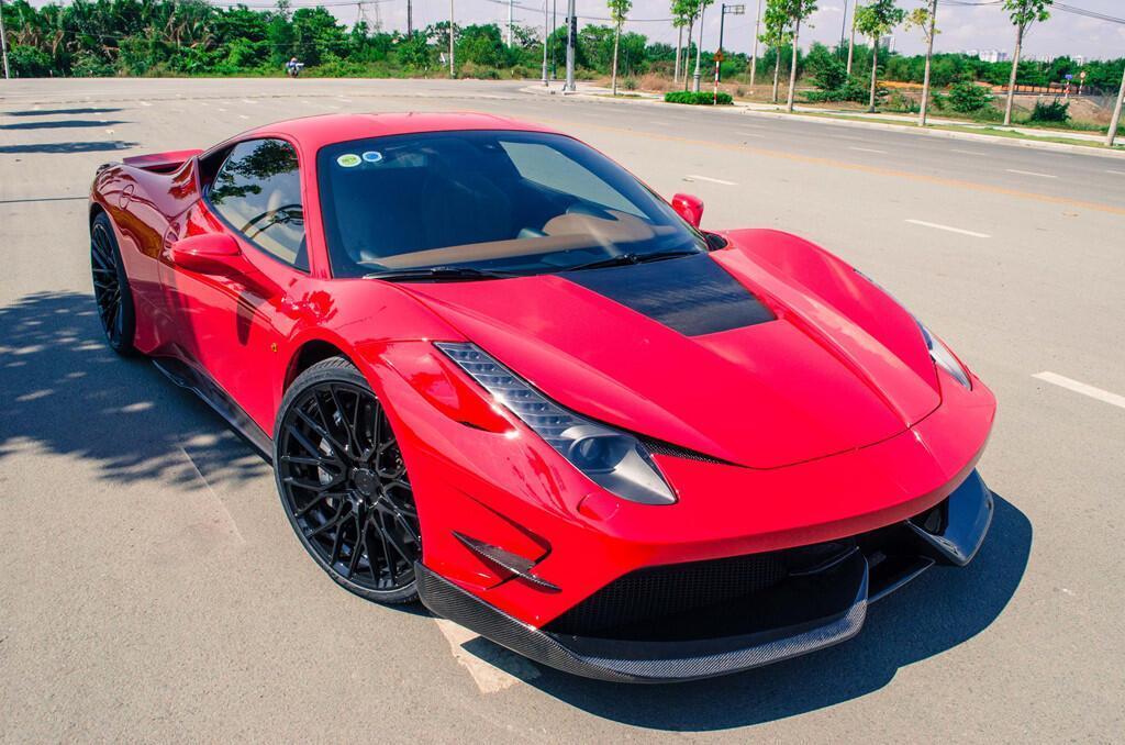 Ferrari 458 Italia độ bodykit Misha đầu tiên tại Việt Nam - Hình 1