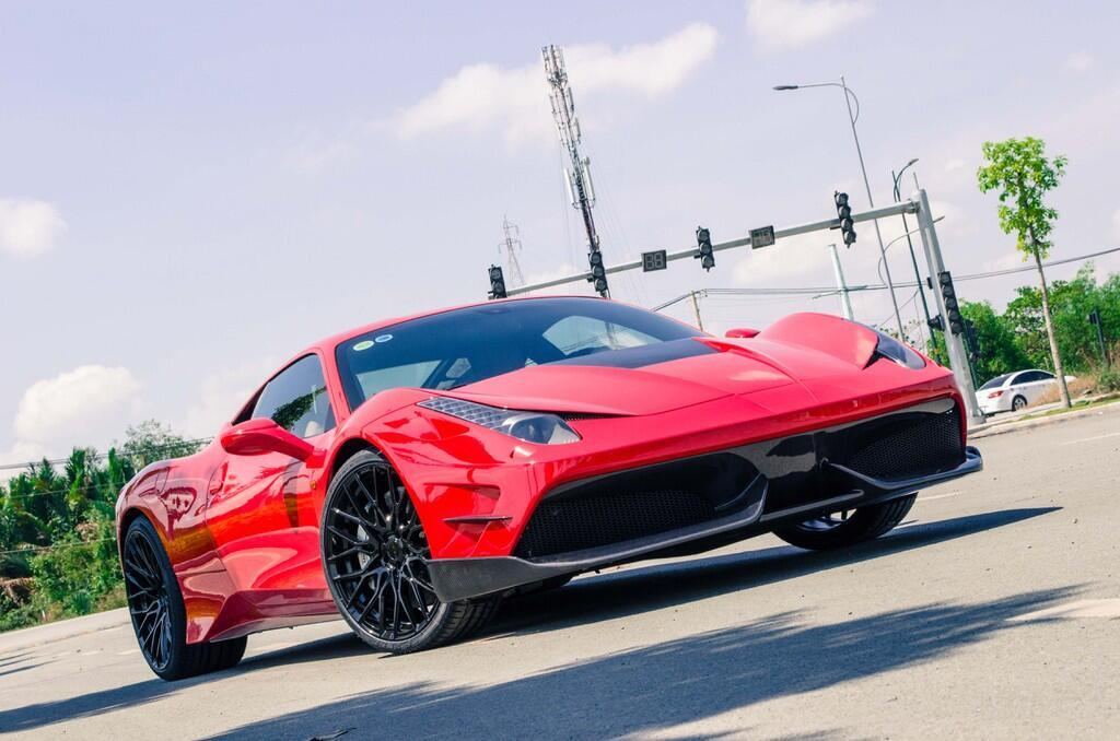 Ferrari 458 Italia độ bodykit Misha đầu tiên tại Việt Nam - Hình 2