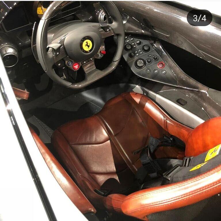 """Ferrari Monza SP1 và SP2 """"lên sóng"""" với kiểu dáng Speedster cổ điển - Hình 3"""