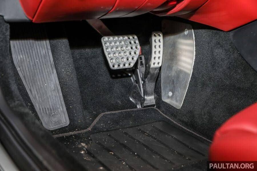 Ferrari Portofino chính thức được bán tại Malaysia với giá chỉ 5,46 tỷ VNĐ - Hình 9