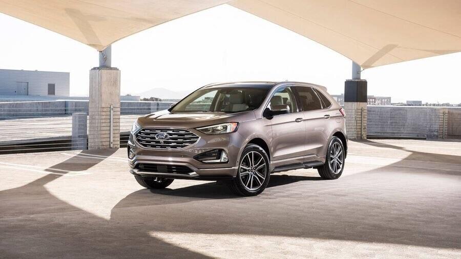 Ford Edge Titanium - phiên bản dành cho các khách hàng cao cấp - Hình 1