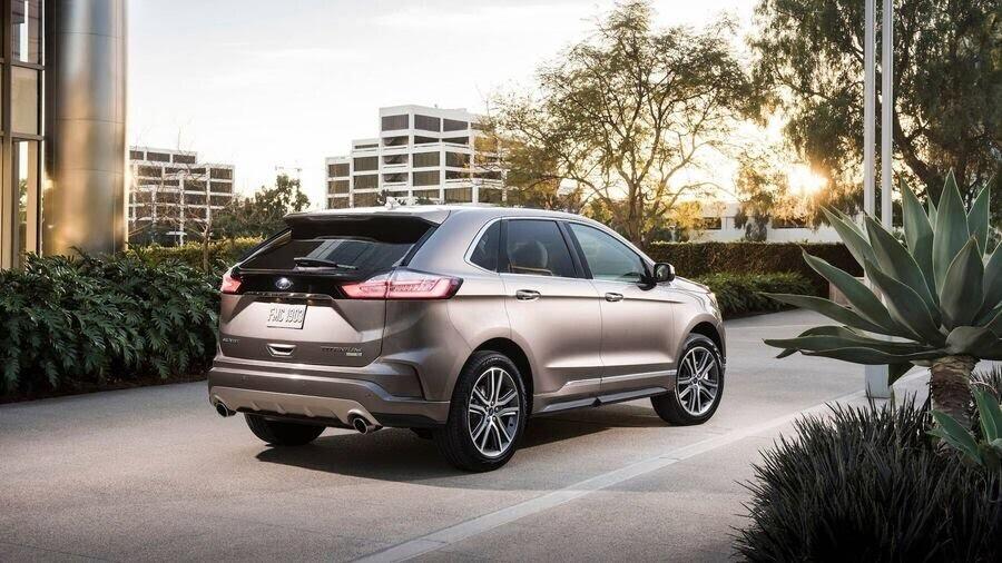 Ford Edge Titanium - phiên bản dành cho các khách hàng cao cấp - Hình 6