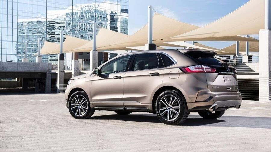 Ford Edge Titanium - phiên bản dành cho các khách hàng cao cấp - Hình 8
