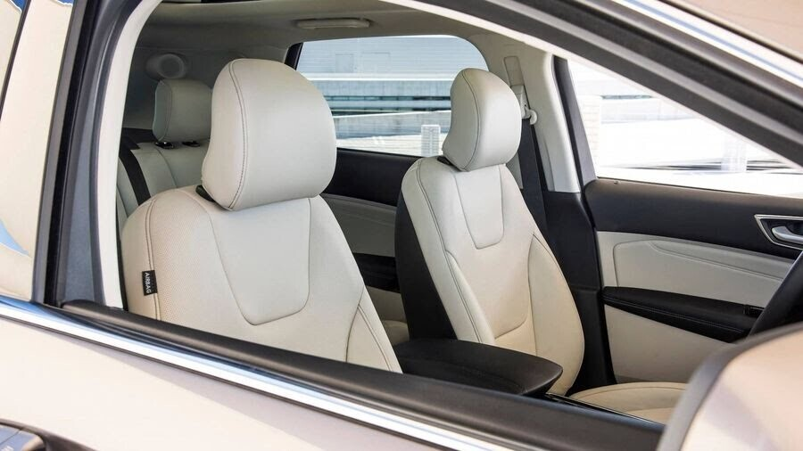 Ford Edge Titanium - phiên bản dành cho các khách hàng cao cấp - Hình 12