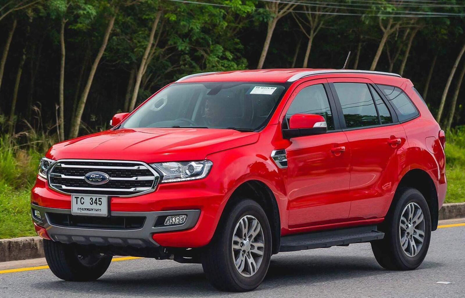 Ford Everest 2018 mở đặt cọc; giá tạm tính từ 900 triệu đến 1,35 tỷ đồng - Hình 1