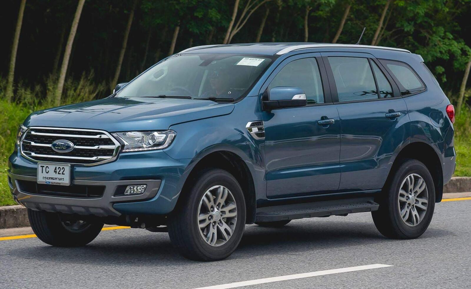 Ford Everest 2018 mở đặt cọc; giá tạm tính từ 900 triệu đến 1,35 tỷ đồng - Hình 3