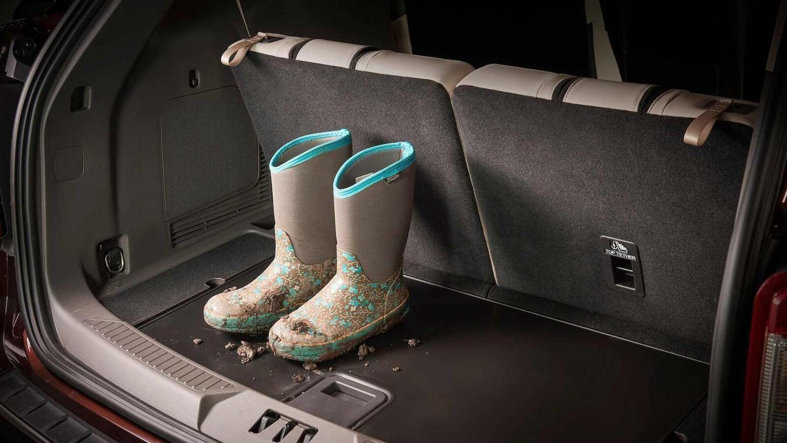Ford Explorer 2020 thế hệ mới ra mắt; thiết kế mới và cải thiện khả năng vận hành - Hình 15