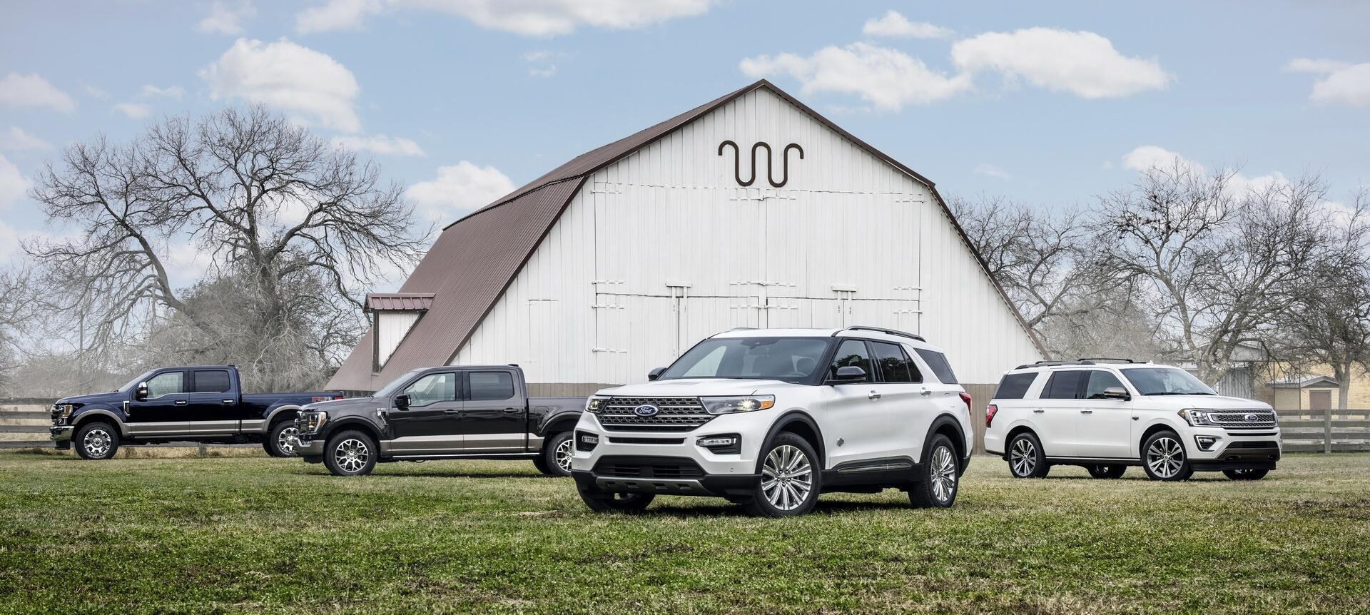 ford-explorer-king-ranch-2021-duoc-ra-mat-gia-tu-52-350-usd