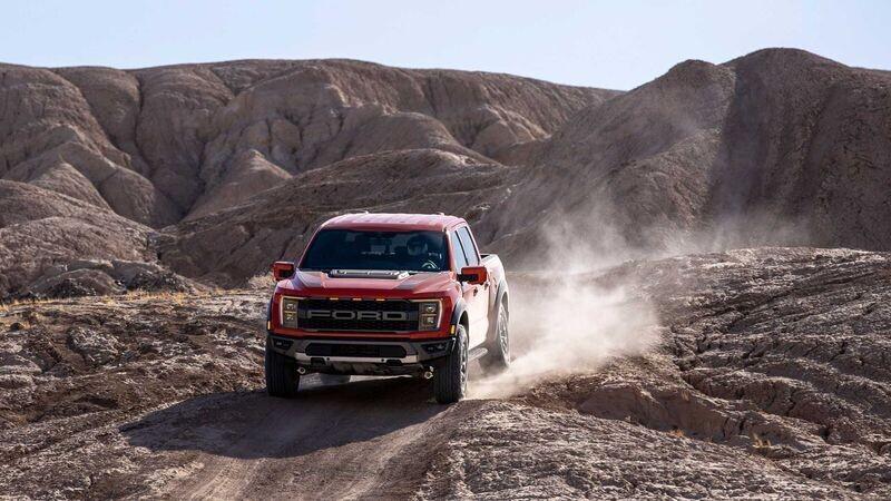 ford-f-150-raptor-2021-duoc-xac-nhan-se-co-450-ma-luc-khong-can-canh-tranh-voi-ram-1500-trx