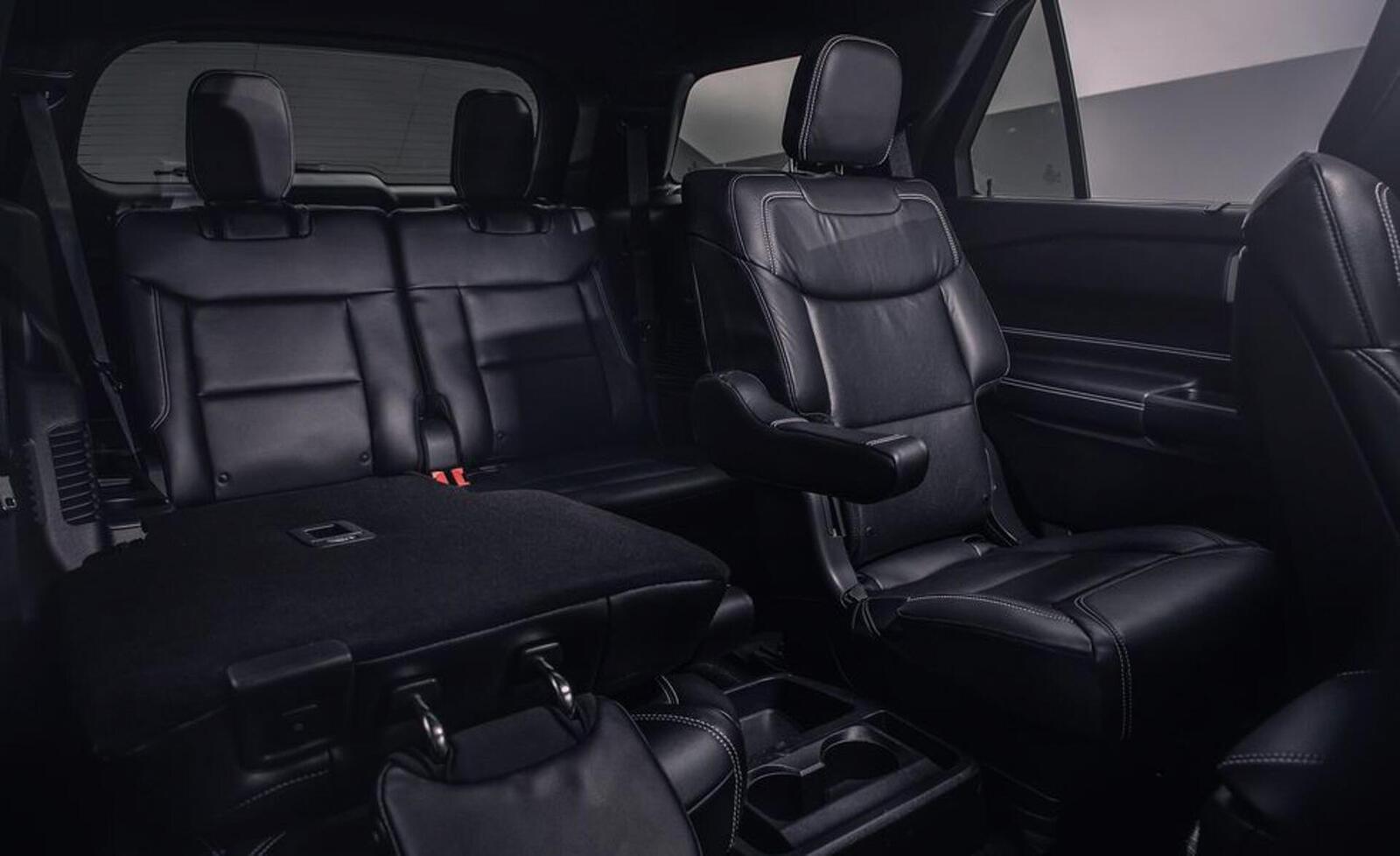 Ford giới thiệu Explorer ST 2020: Phiên bản mạnh nhất lắp máy V6 3.0L tăng áp 400 mã lực - Hình 15