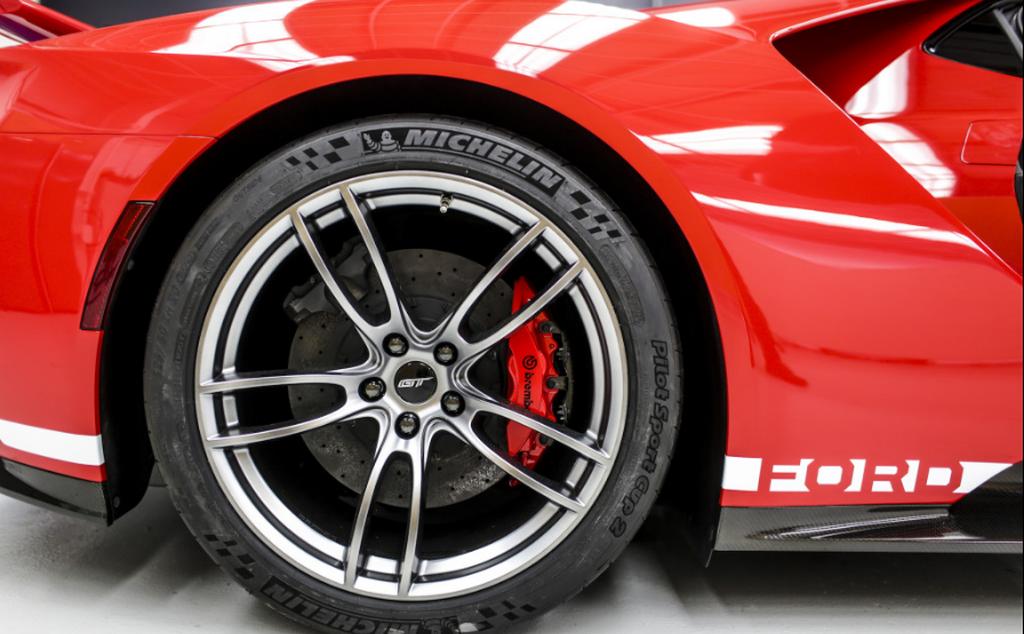 Ford GT Heritage 2018 được sản xuất để vinh danh người chiến thắng Le Mans 1967 - Hình 4