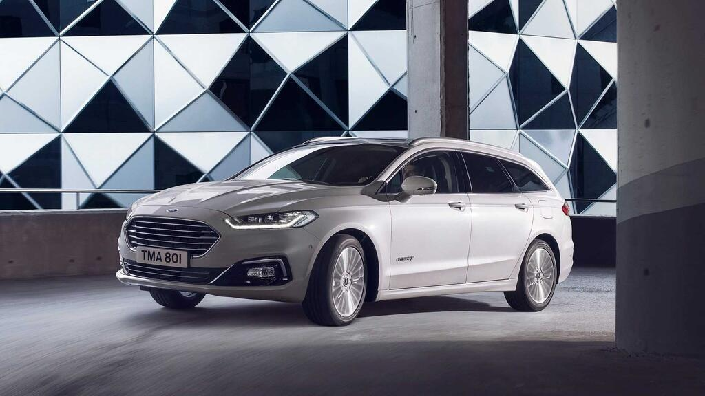 ford-mondeo-2021-duoc-ra-mat