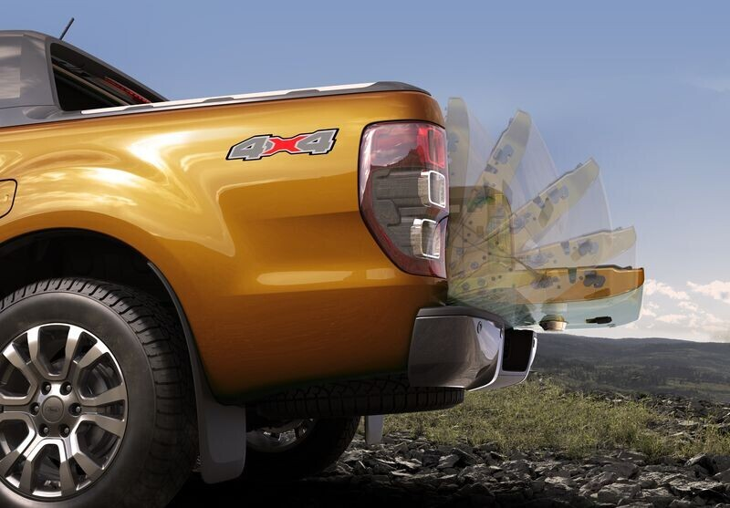 Ford Ranger mới mạnh mẽ hơn, an toàn hơn giá từ 630 triệu VNĐ chính thức mở bán tại Việt Nam - Hình 14