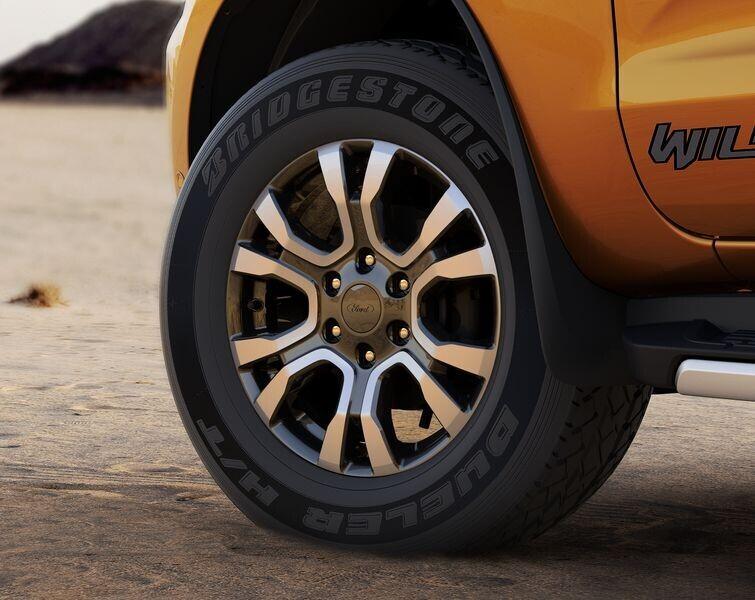 Ford Ranger mới mạnh mẽ hơn, an toàn hơn giá từ 630 triệu VNĐ chính thức mở bán tại Việt Nam - Hình 16