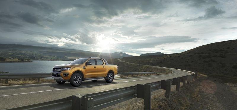 Ford Ranger mới mạnh mẽ hơn, an toàn hơn giá từ 630 triệu VNĐ chính thức mở bán tại Việt Nam - Hình 9
