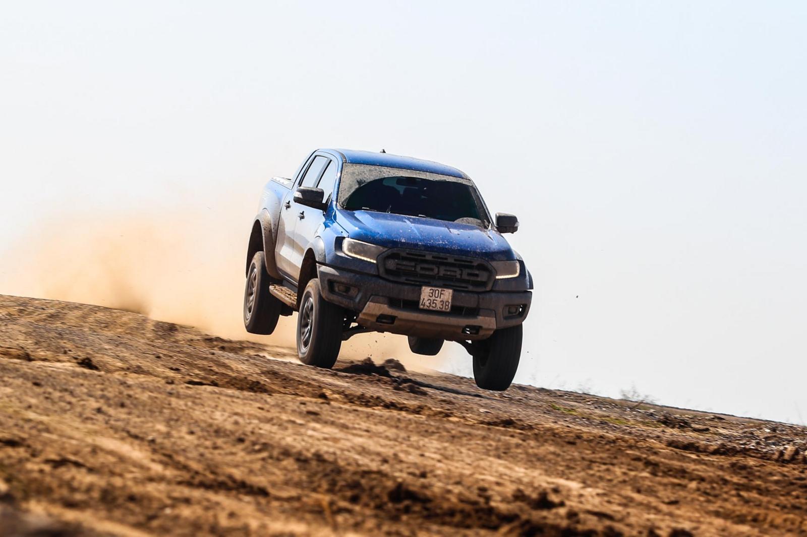 Ford Ranger Raptor – kẻ chinh phục mọi thách thức - Hình 1