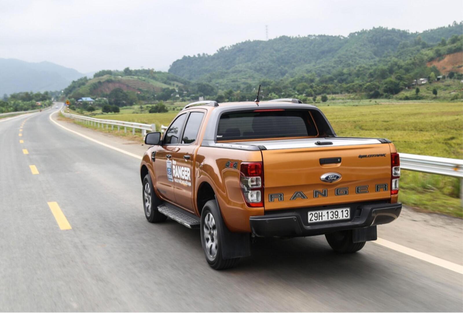 Ford Việt Nam bán hơn 1.900 chiếc Ranger mới trong tháng 12/2018 vừa qua - Hình 3