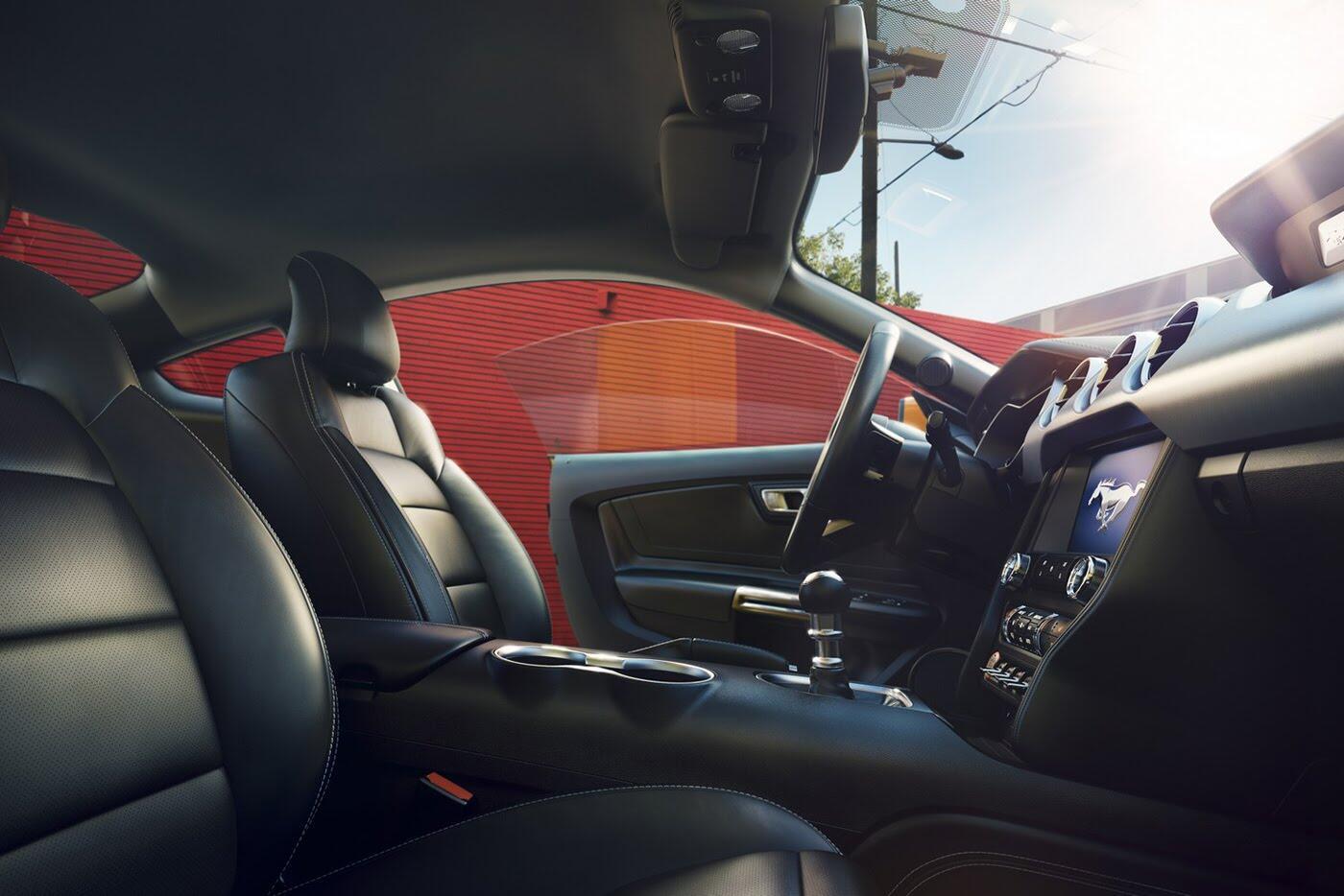 """Ford vừa """"chốt giá"""" Mustang 2018 mới - Hình 5"""
