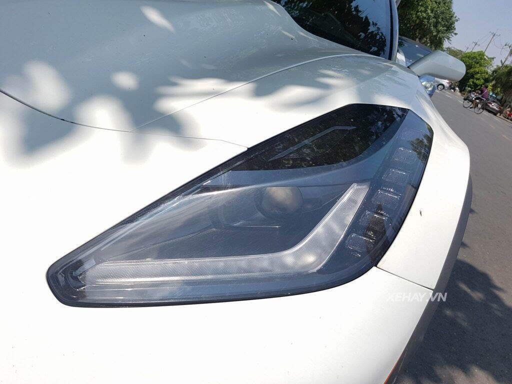 """Gặp Chevrolet Corvette C7 Z06 """"tắm nắng"""" tại Phú Mỹ Hưng, Sài Gòn - Hình 8"""
