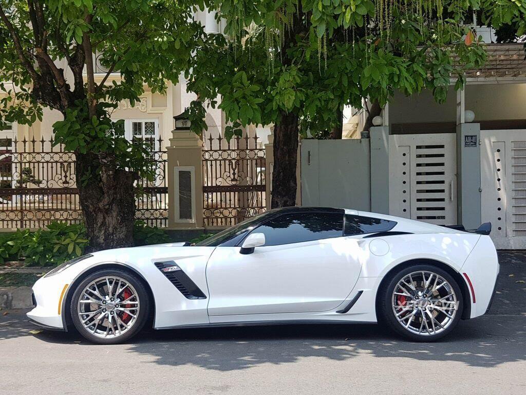 """Gặp Chevrolet Corvette C7 Z06 """"tắm nắng"""" tại Phú Mỹ Hưng, Sài Gòn - Hình 9"""