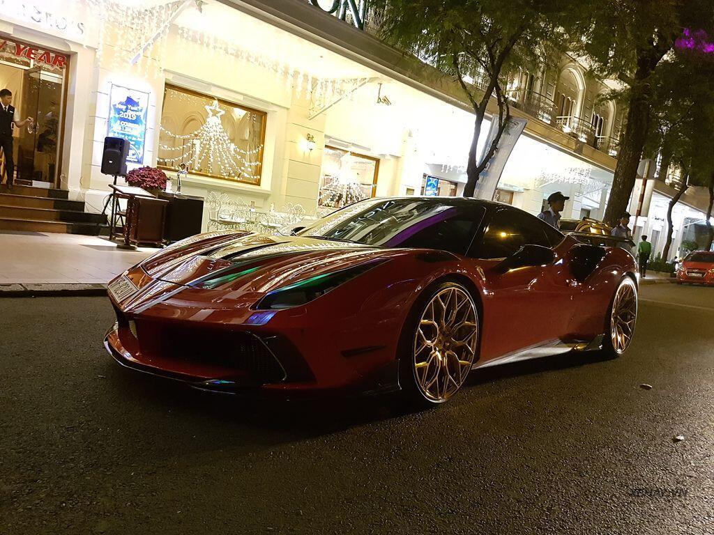 Gặp Ferrari 488 GTB độ Mansory hầm hố nhất Việt Nam - Hình 9