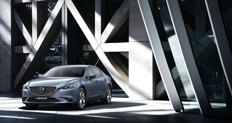 """Giá Mazda6 2017 """"xuống đáy"""", chỉ từ 850 triệu đồng - Hình 3"""