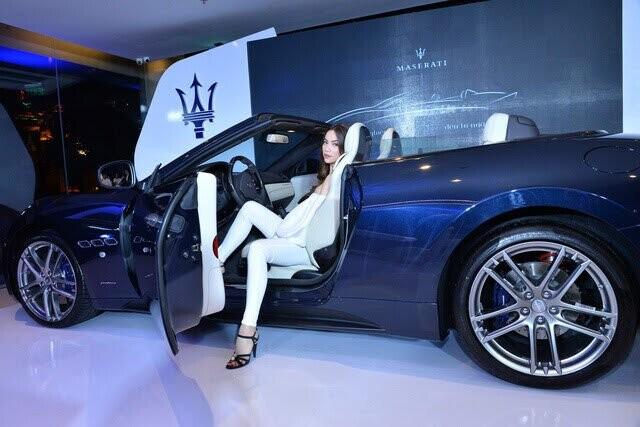Hồ Ngọc Hà lái xe mui trần sang trọng Maserati GranCabrio Sport 2018 ra mắt khách hàng Việt - Hình 1