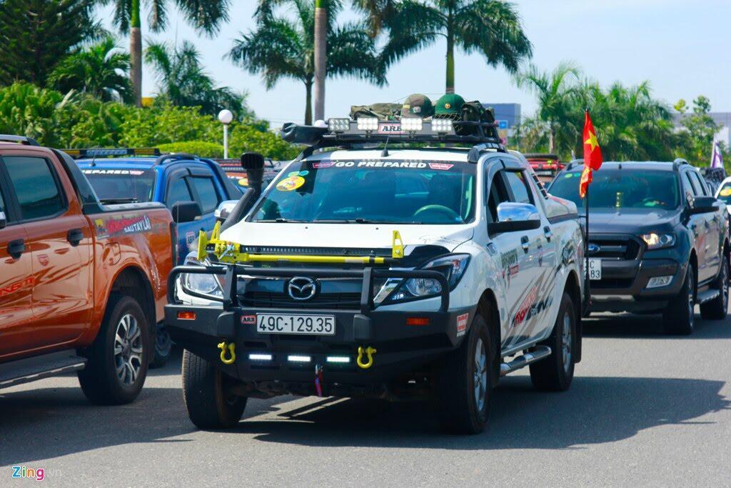 Hơn 100 chiếc bán tải tụ hội ở Đà Nẵng - Hình 1
