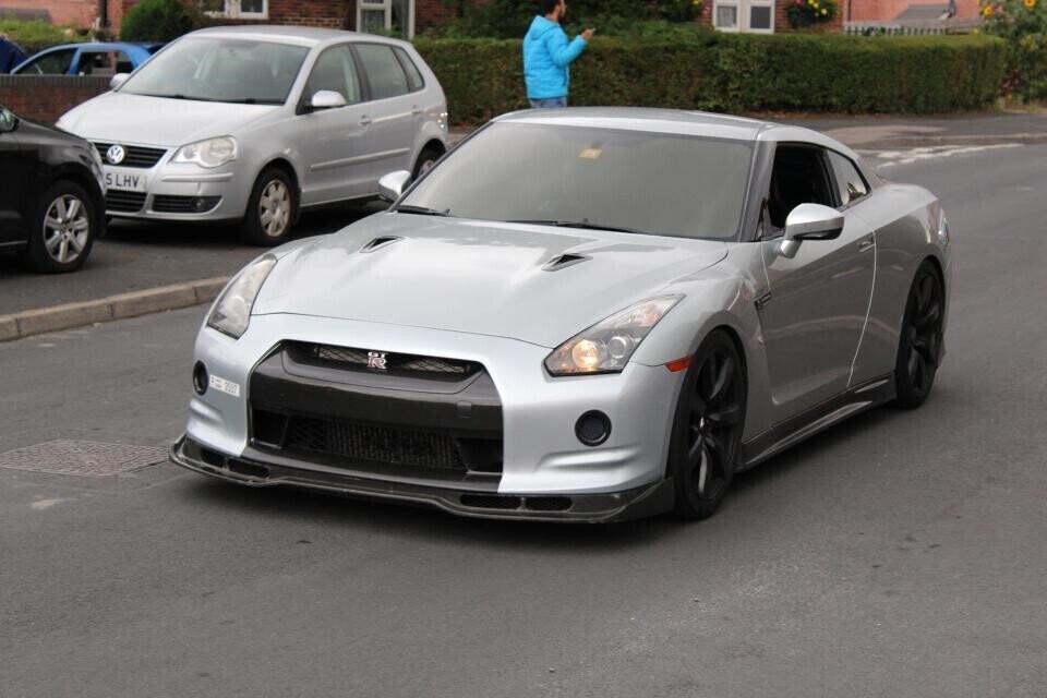 Hơn 140 ôtô diễu hành mừng sinh nhật bé 4 tuổi mê xe bị tự kỷ - Hình 5