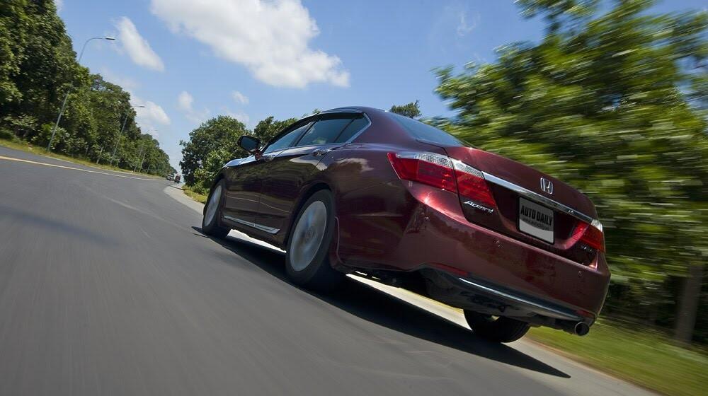 Honda Accord 2015 – Đi tìm sự khác biệt - Hình 12