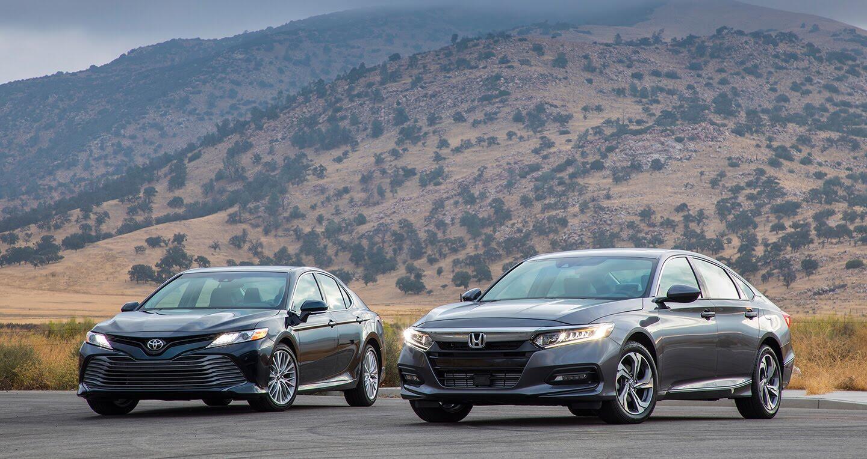 Honda Accord 2018 vs Toyota Camry 2018: Cán cân nghiêng về bên nào? - Hình 1