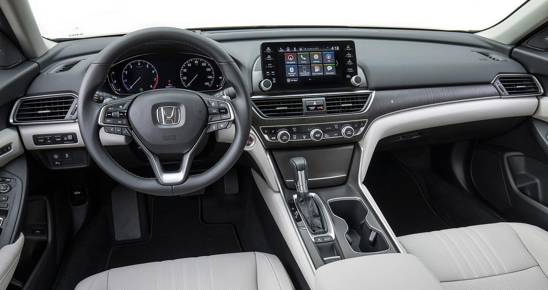 Honda Accord 2018 vs Toyota Camry 2018: Cán cân nghiêng về bên nào? - Hình 4