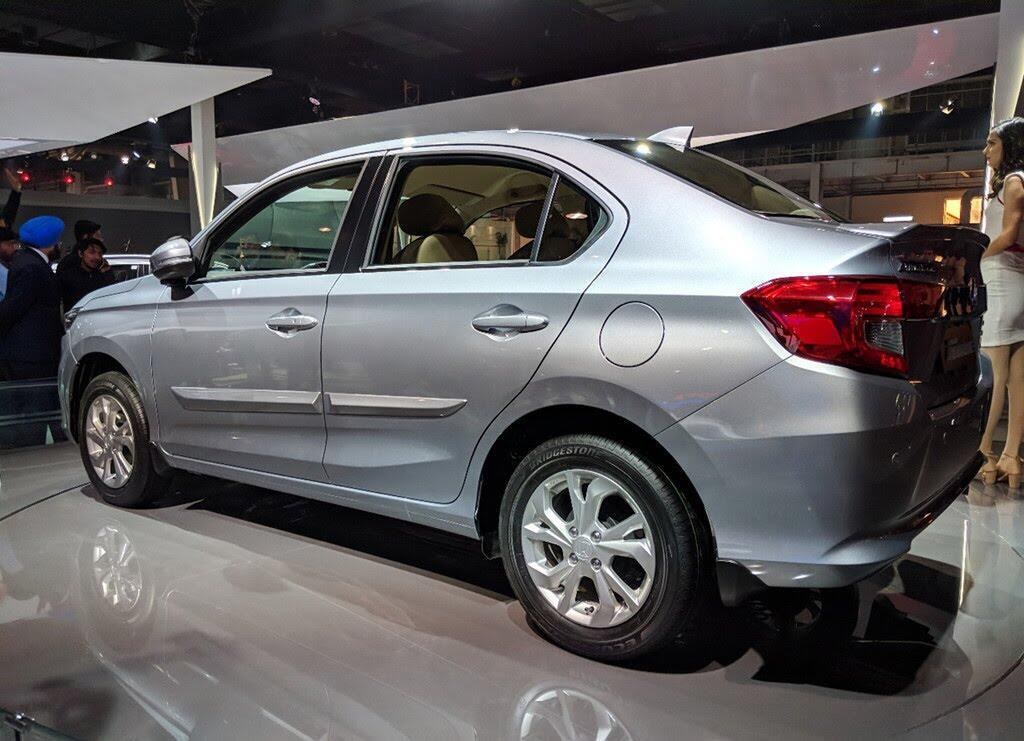 Honda Amaze - đối thủ Hyundai Grand i10 sedan - Hình 4