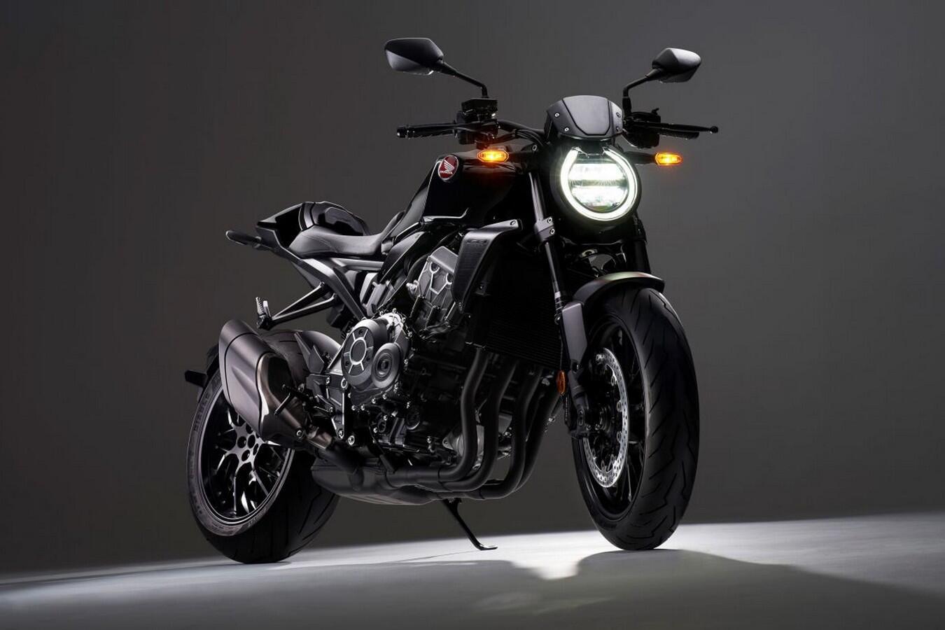 honda-cb1000r-2021-phien-ban-black-edition-trinh-lang