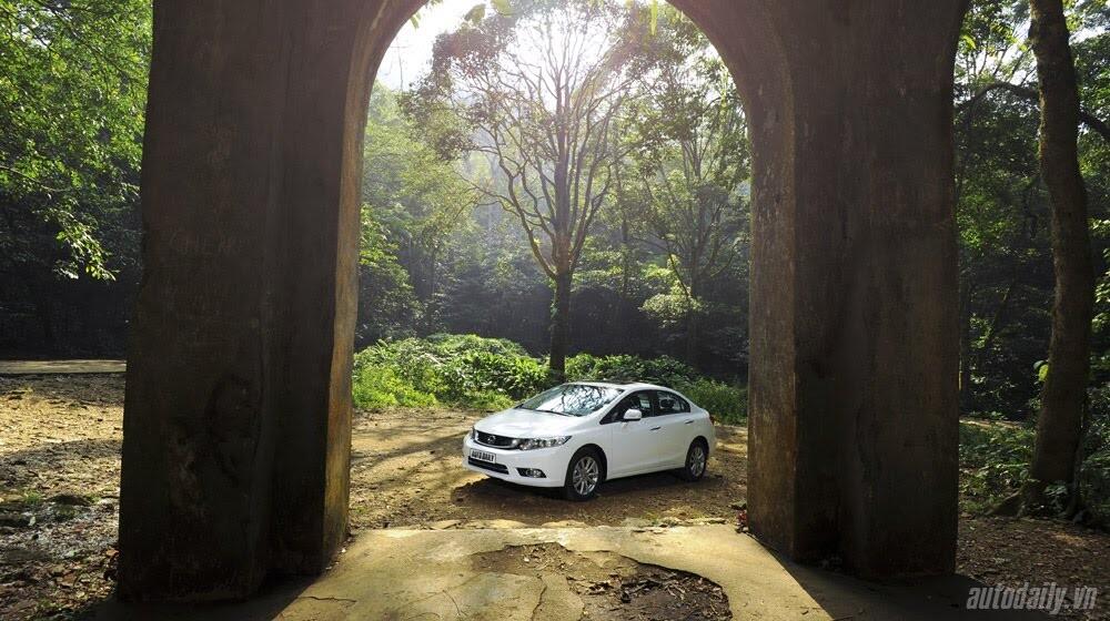 """Honda Civic 2015 – Càng ngày càng """"ngon"""" - Hình 2"""