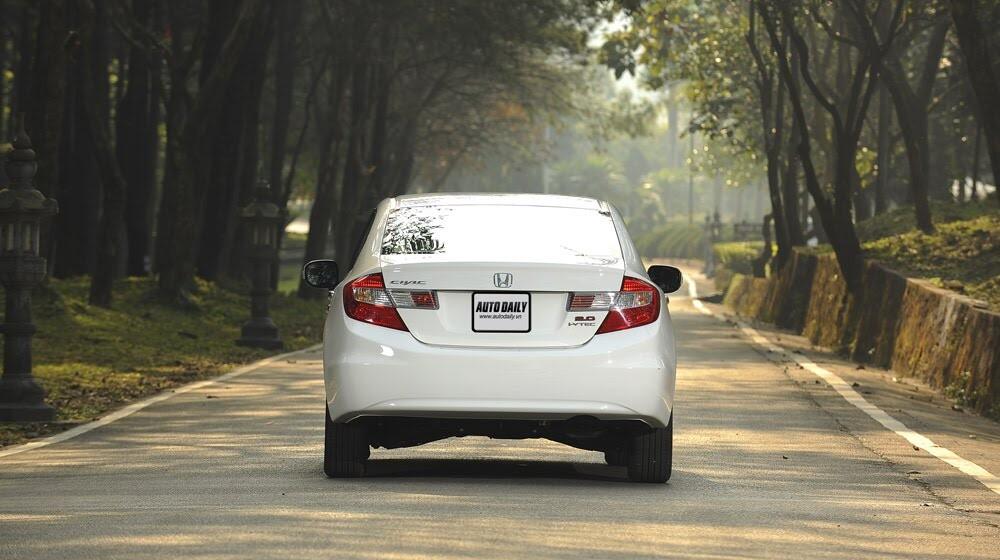 """Honda Civic 2015 – Càng ngày càng """"ngon"""" - Hình 9"""