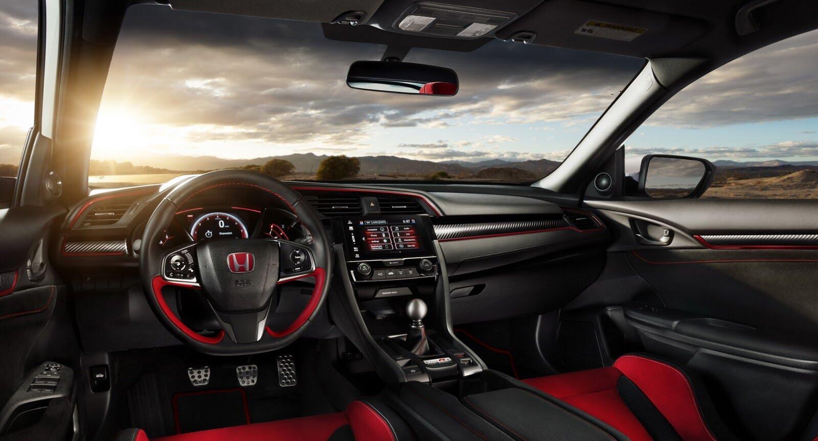 Honda Civic Type R 2017 có giá từ 31.350 USD tại Canada - Hình 4