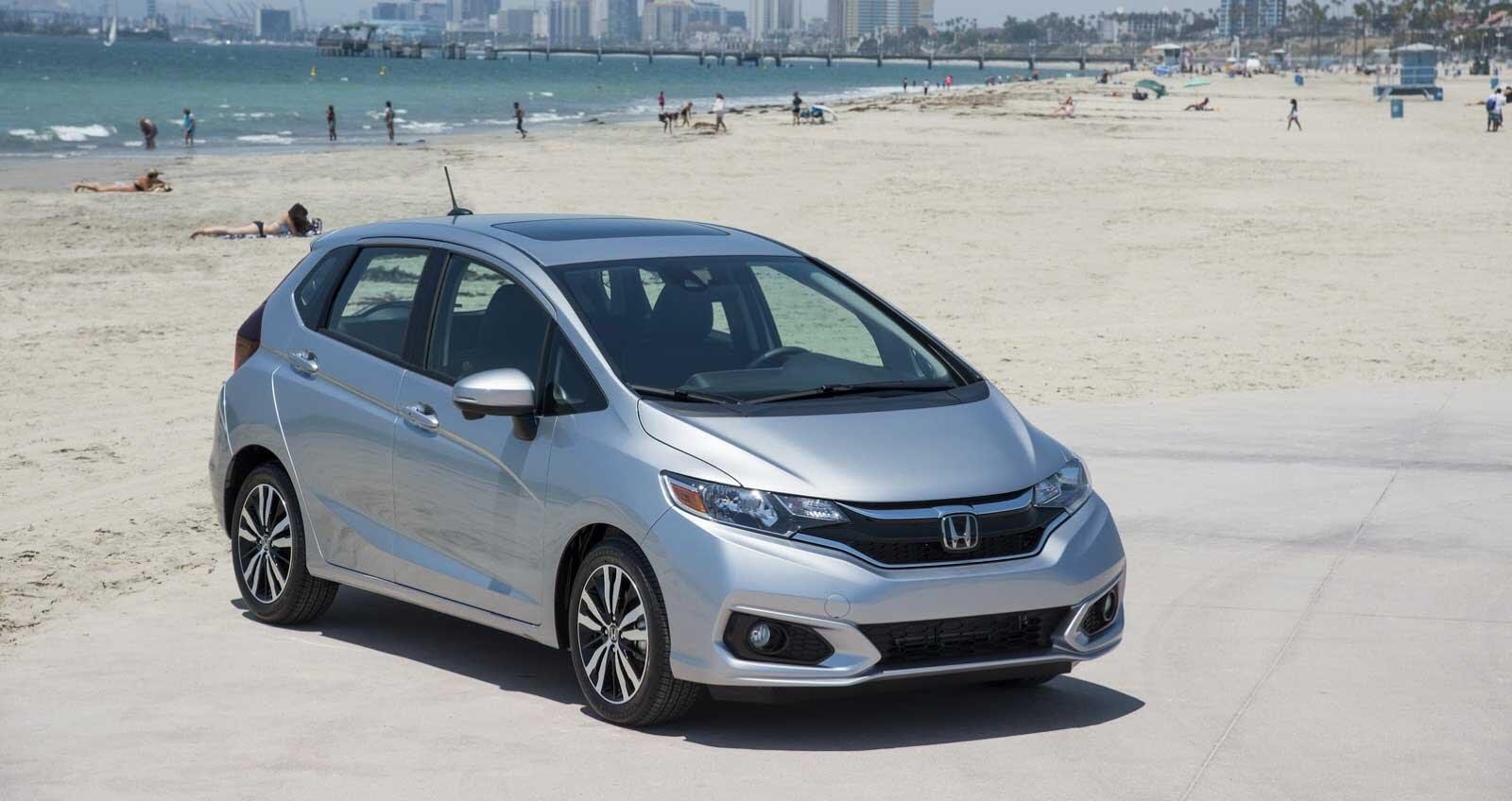 Honda Fit 2018 có giá từ 16.190 USD - Hình 1