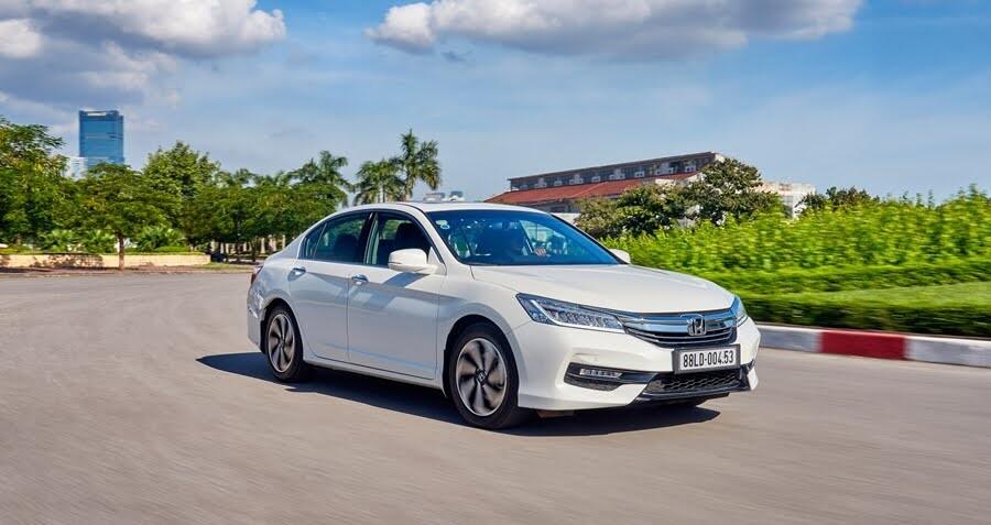 Honda giảm giá sốc cho CR-V, Civic và Accord - Hình 1