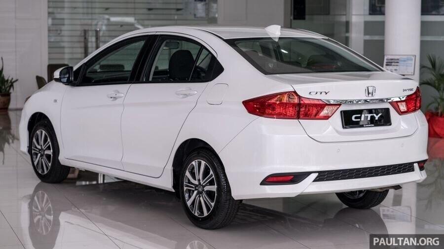 Honda Jazz, City, BR-V và HR-V 2018 sẽ được đi kèm với màu sơn Orchid White Pearl cao cấp hơn - Hình 5