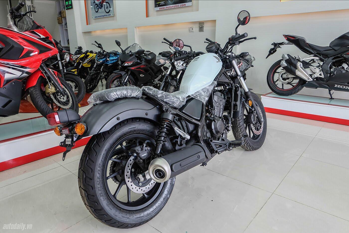 Honda Rebel 300 ABS 2017 đầu tiên về Việt Nam, giá hơn 170 triệu đồng - Hình 4