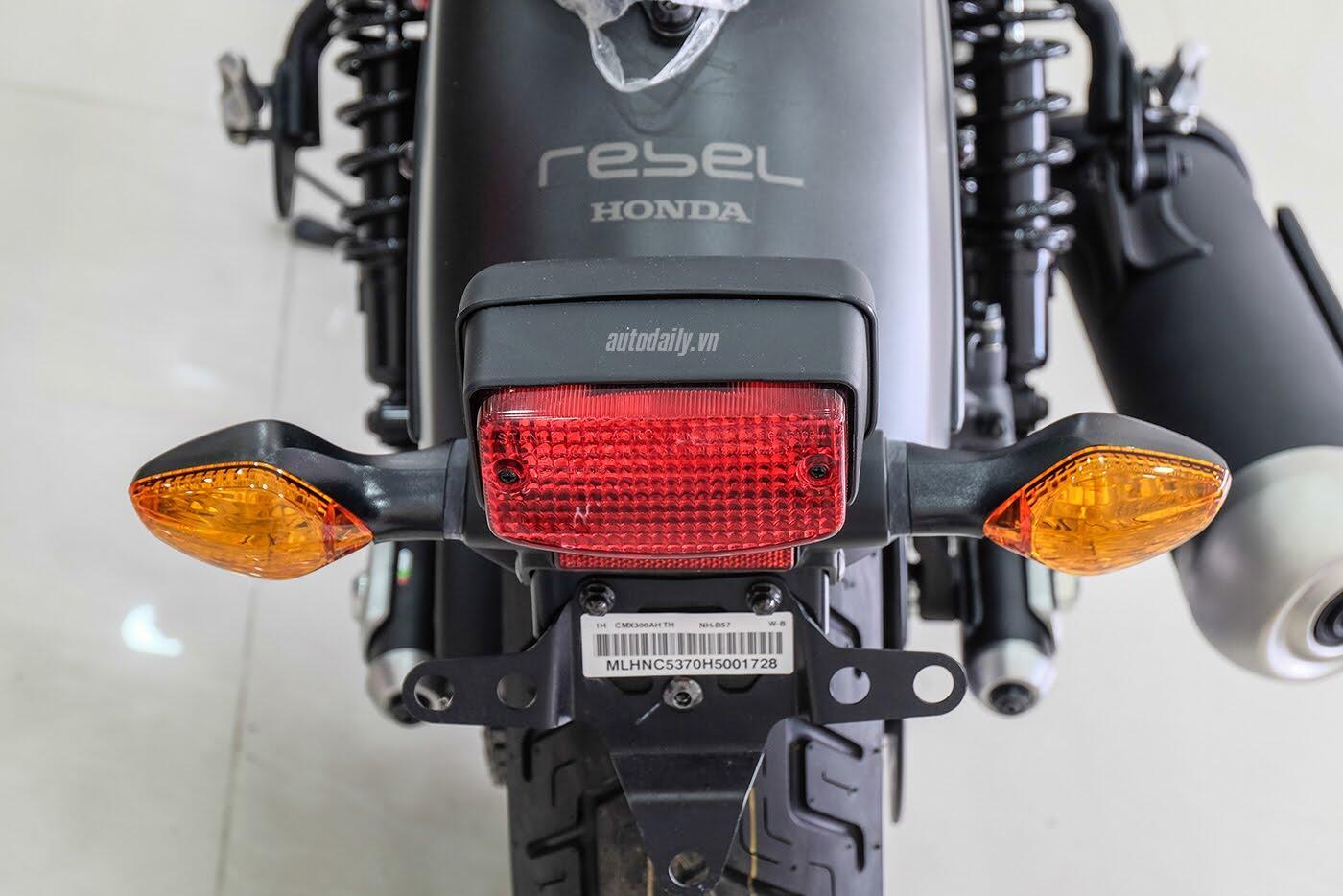 Honda Rebel 300 ABS 2017 đầu tiên về Việt Nam, giá hơn 170 triệu đồng - Hình 7