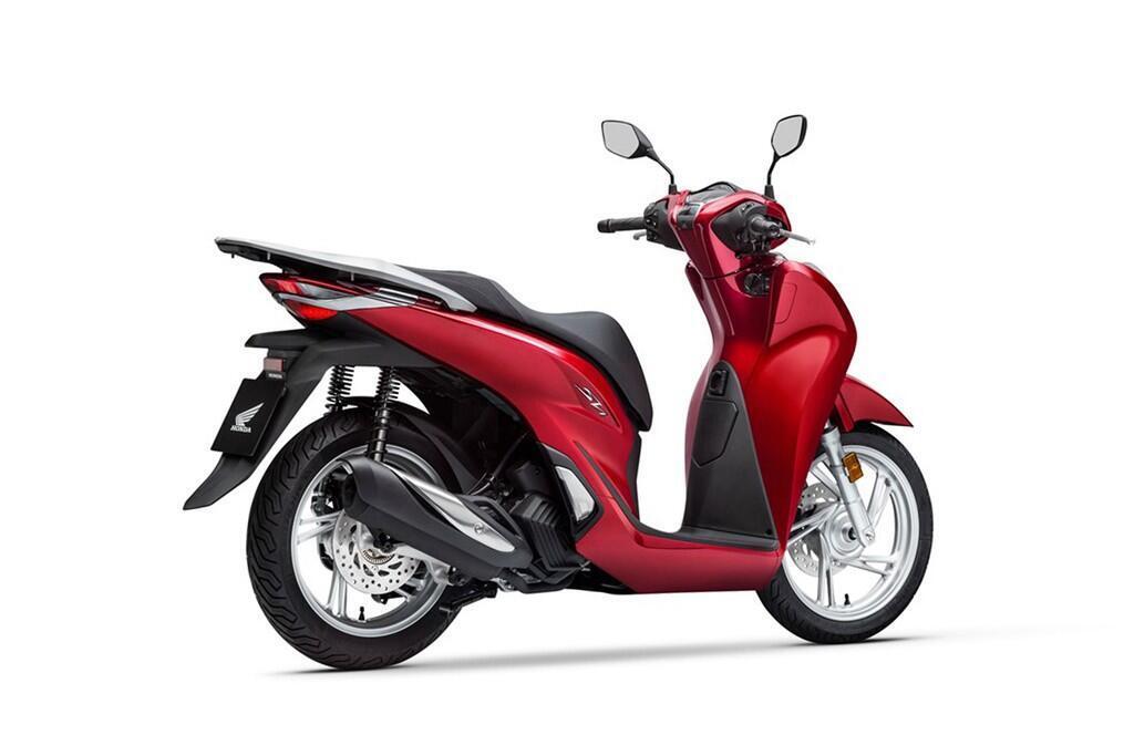 https://cdn.dailyxe.com.vn/image/honda-sh-2020-va-piaggio-medley-2020-14-89732j2.jpg?1574090049195