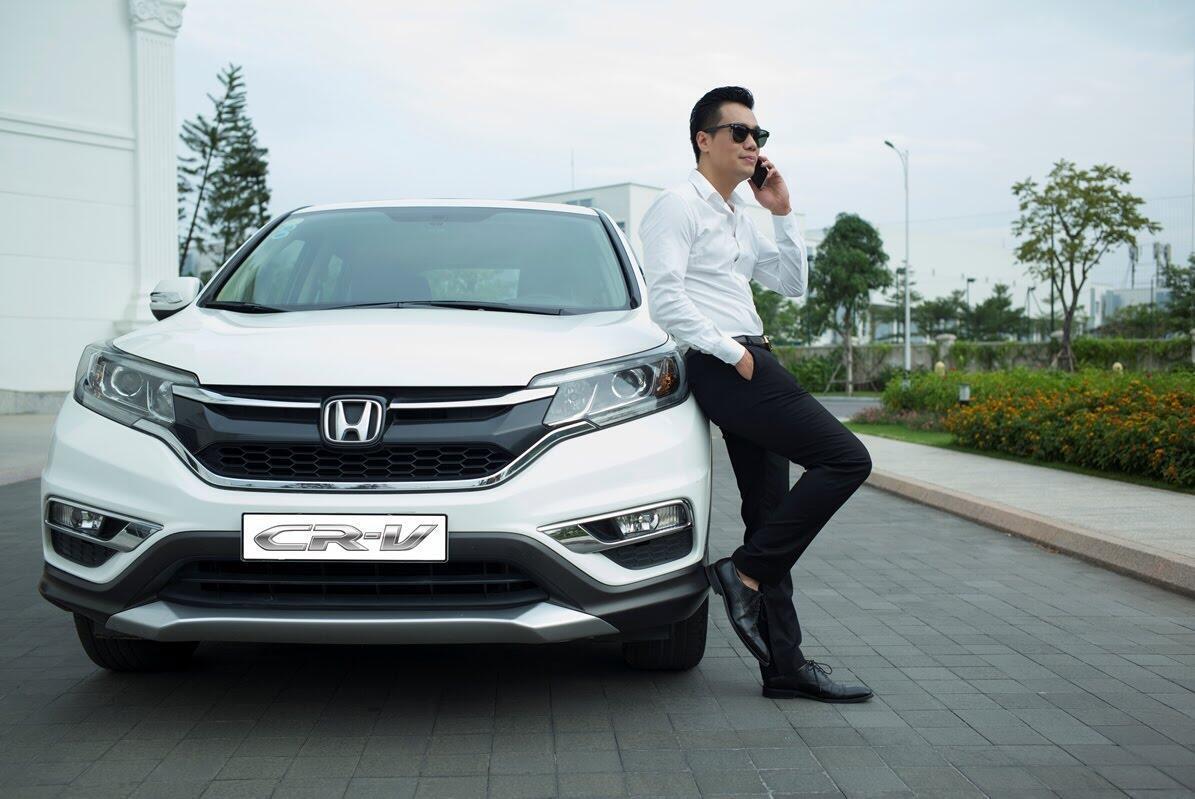 """Honda Việt Nam triển khai chương trình khuyến mại đặc biệt """"Mua CR-V, tặng ngay SH"""" - Hình 8"""