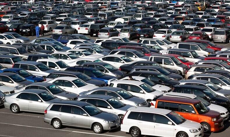 Hủy đơn hàng, ôtô nhập khẩu bất ngờ tăng giá mạnh - Hình 1