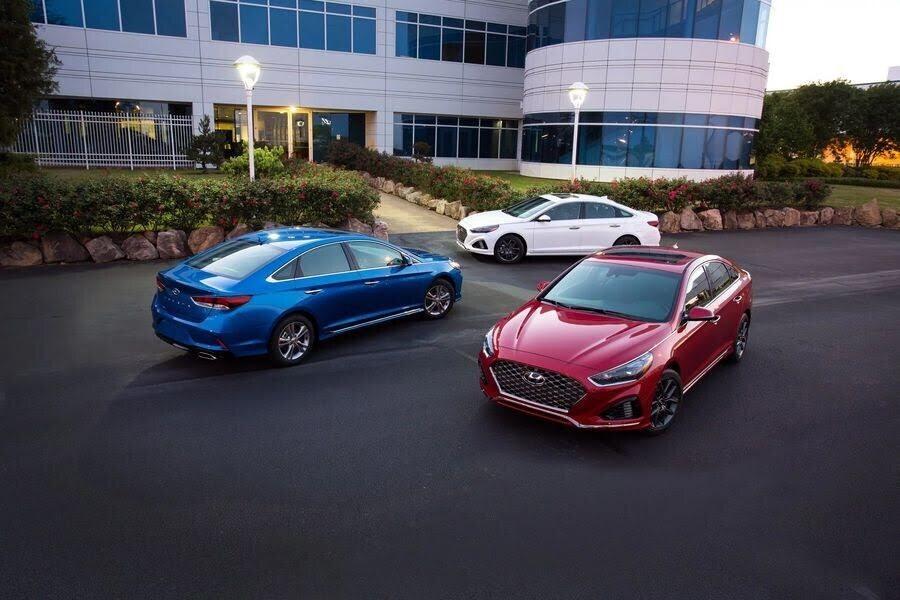 """Hyundai bổ sung phiên bản """"+"""" cho Sonata 2018, giá từ 539 triệu VNĐ - Hình 1"""